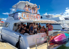 Gold Coast boat cruise, bucks party cruise in Gold Coast, strippers in Gold Coast